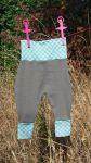 Hose aus Baumwollripp, Größe: 74, 22€, Artikelbezeichnung: Karo